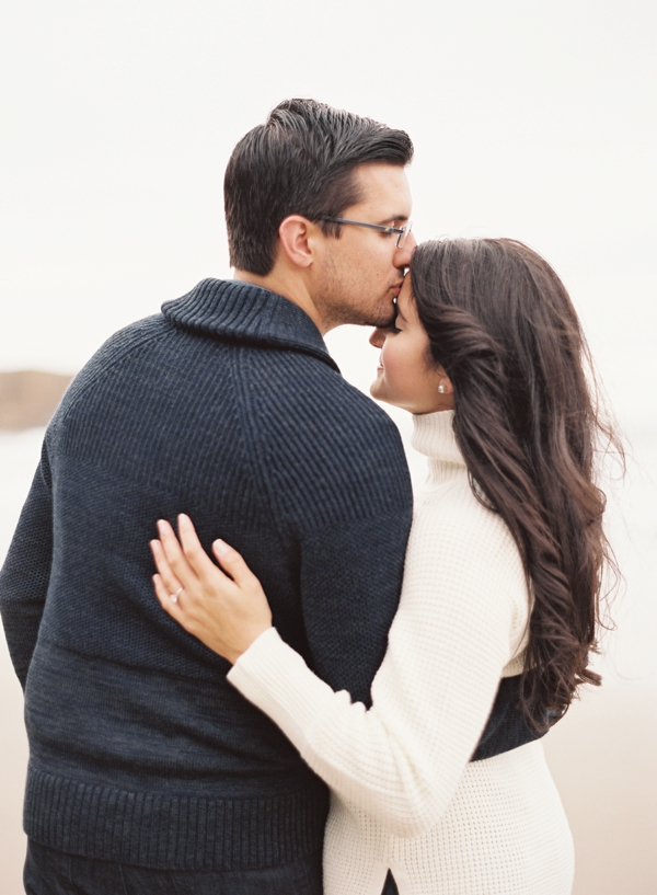 romantic-engagement-portrait