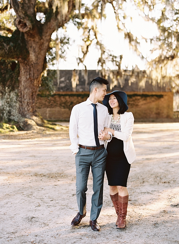 charleston-coast-middleton-place-plantation-maternity-session-the-fount-collective-destination-fine-art-film-photographer-chris-isham_0034