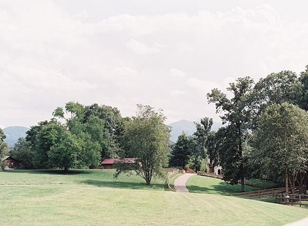 the-farm-asheville-north-carolina-wedding-photographer-fine-art-film-chris-isham_0004