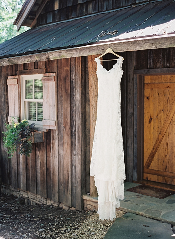 the-farm-asheville-north-carolina-wedding-photographer-fine-art-film-chris-isham_0002