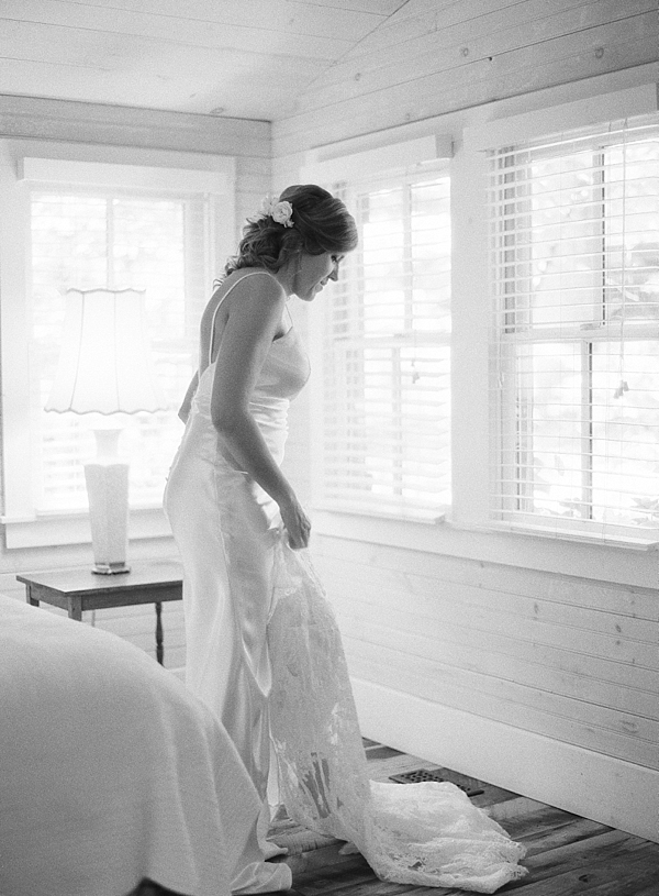 the-farm-asheville-north-carolina-wedding-photographer-fine-art-film-chris-isham_0006