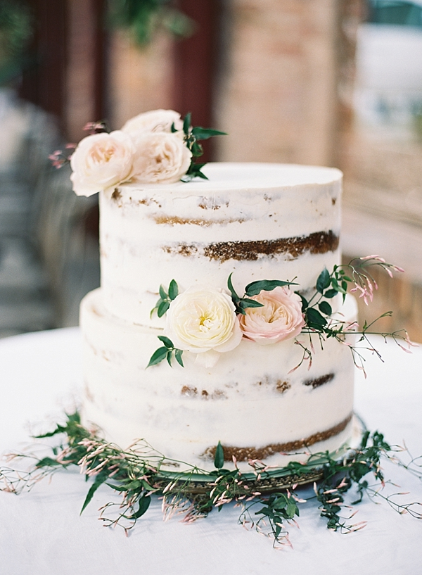 tessa-pinner-wedding-cake