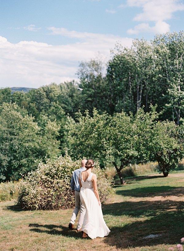 wedding day garden walk