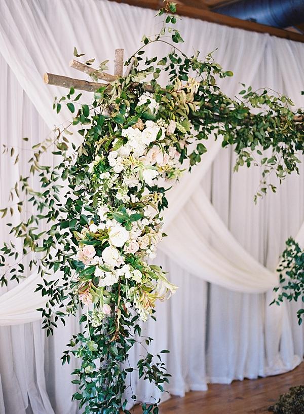 floral-arch-greenery-fern-studio
