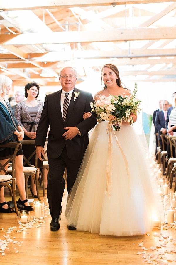 bride-ceremony-entrance