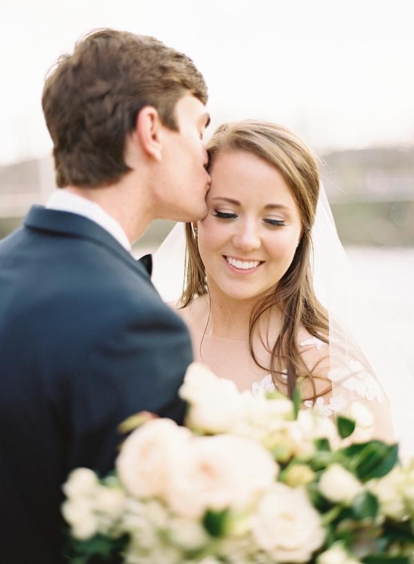 liberty-bridge-wedding-photo