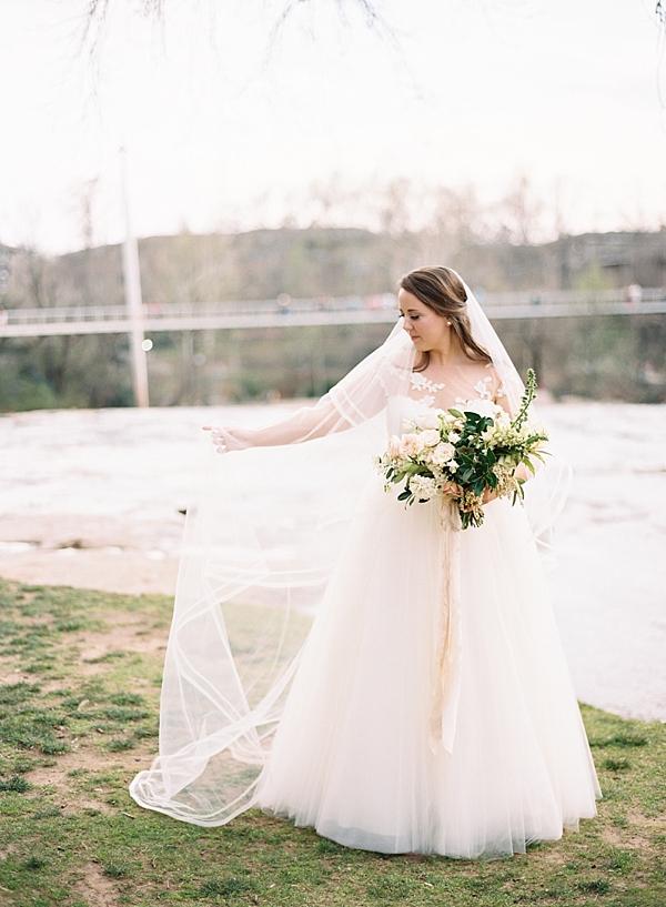 cathedral-wedding-veil