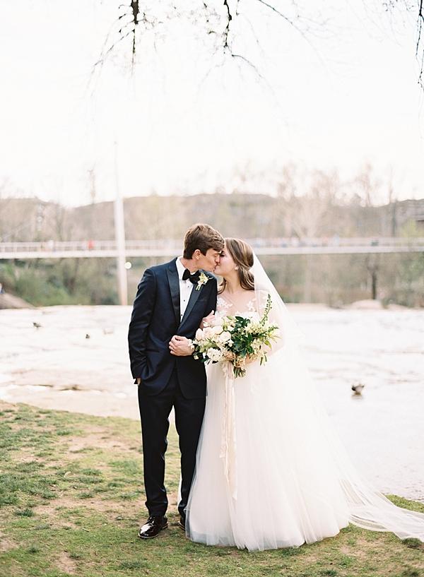 elegant-bride-and-groom