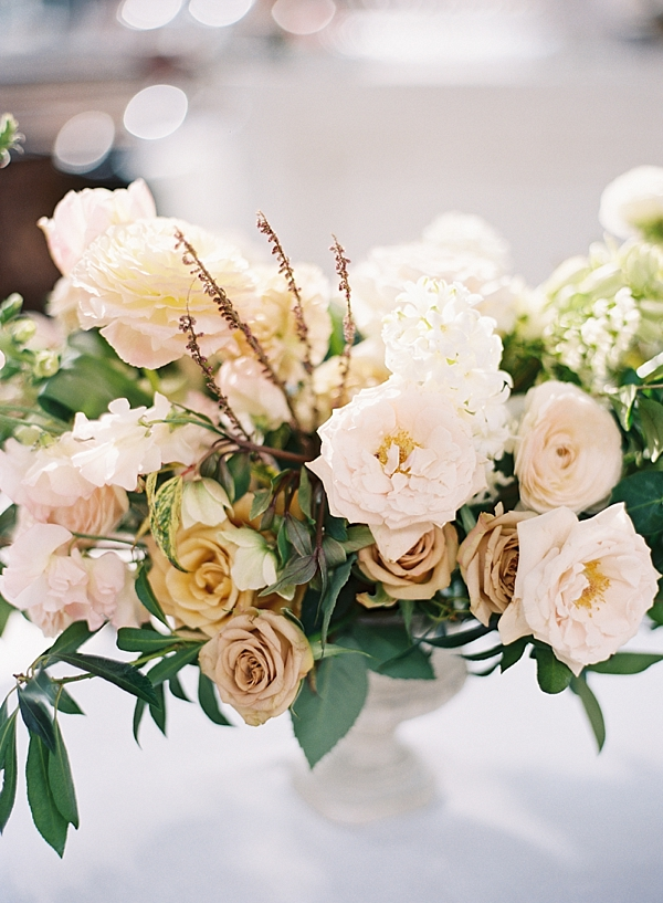 blush-floral-centerpiece
