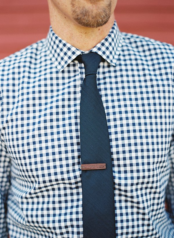 groom's tie clip
