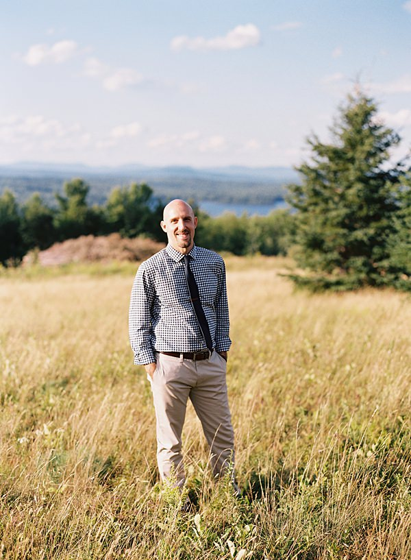 groom portrait in maine mountains