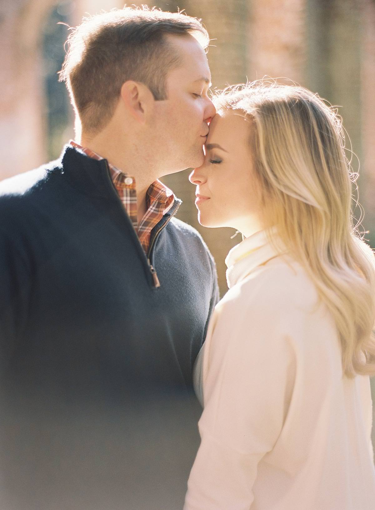 sweet engagement session kiss