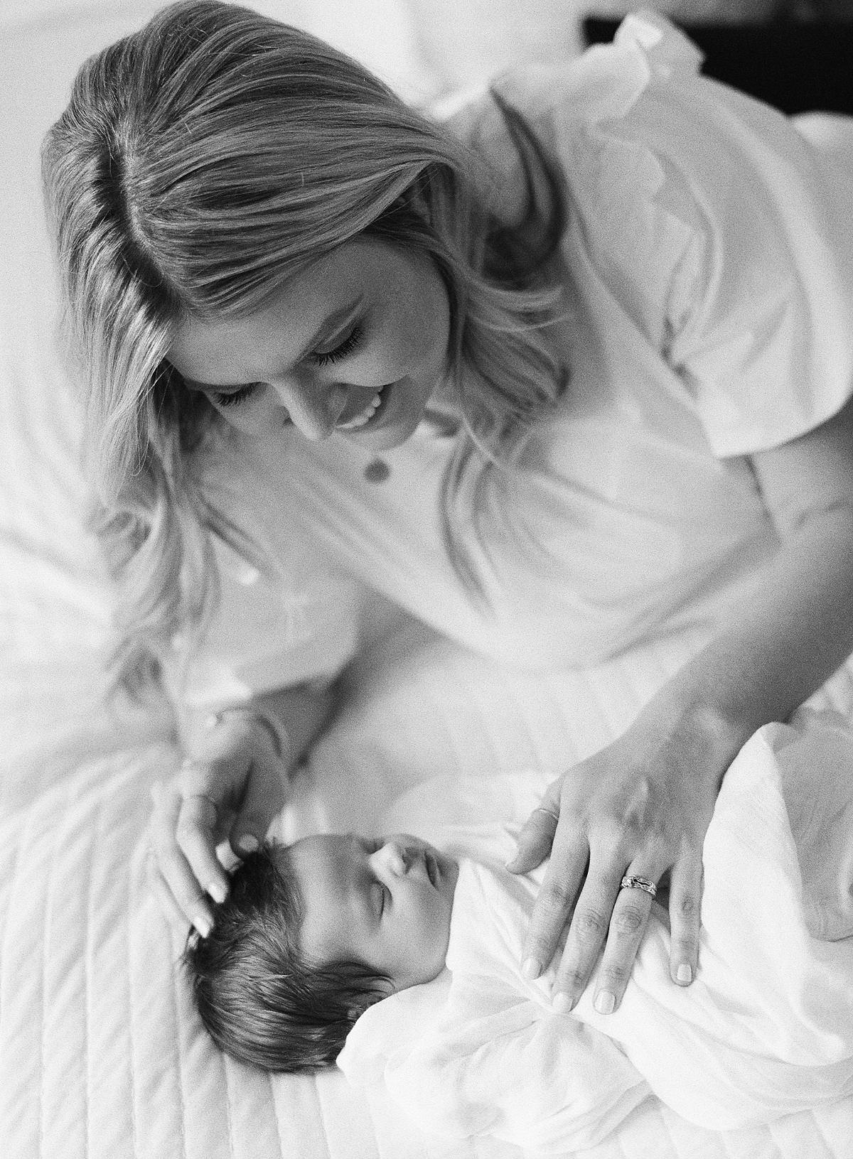 intimate home family session
