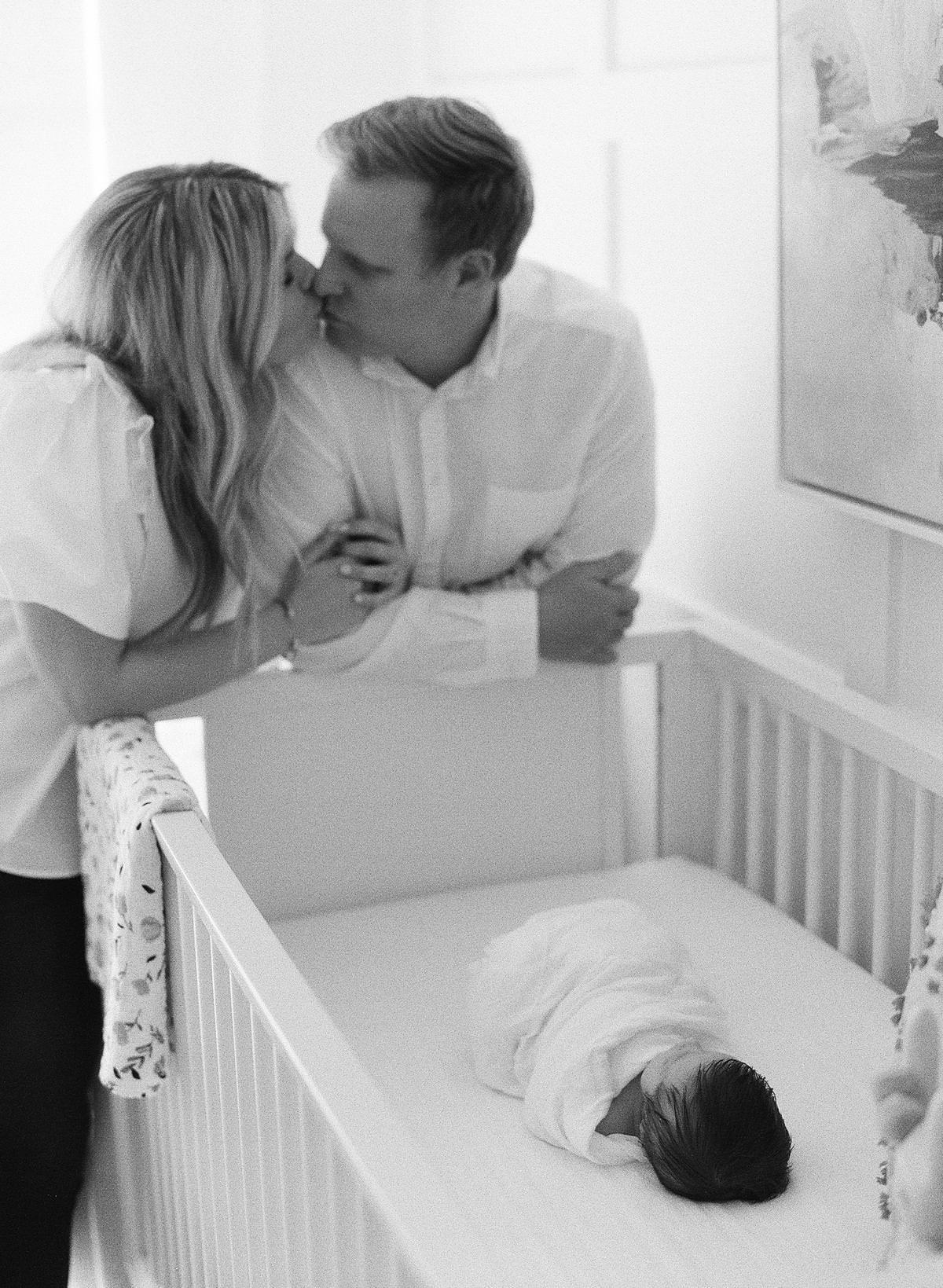 home newborn photo session